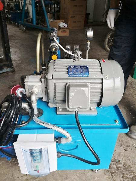 2.2KW2组型封胶针液压站